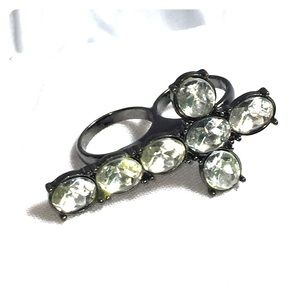 Jewelry - 🐸 4 for $15 Jeweled cross double ring